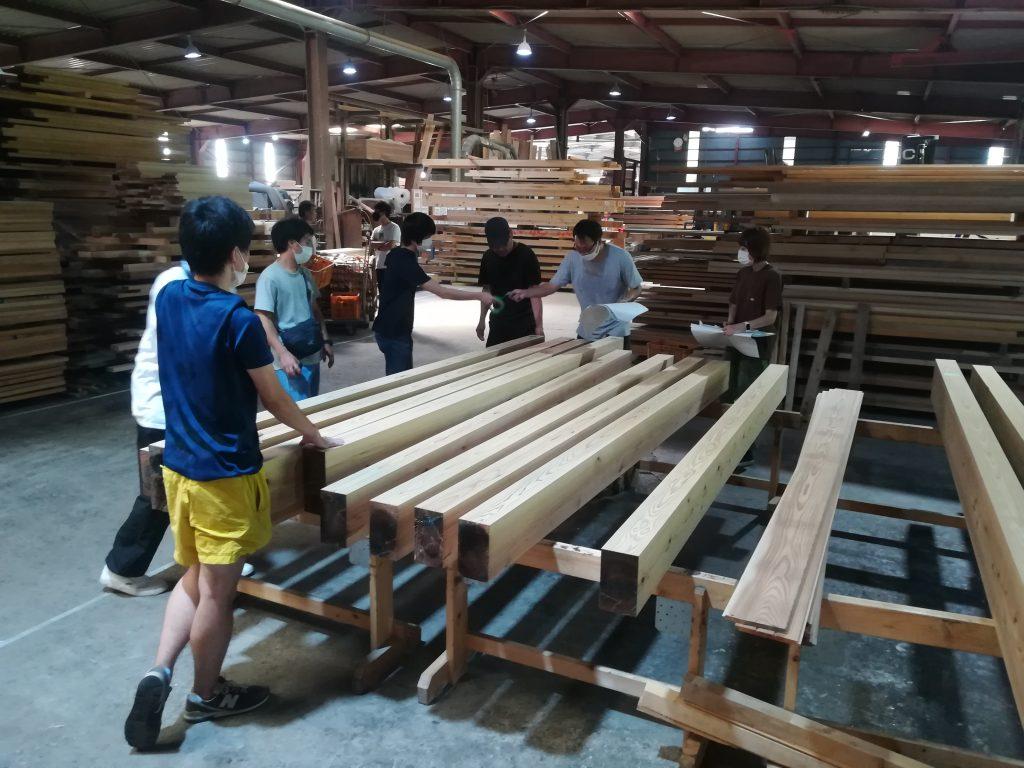 構造材の木配り